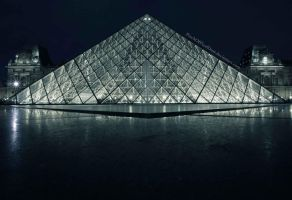 The Louvre at Night 2 by PinchOfPixelDust