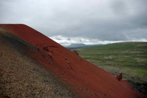 Red mountain by huevomaestro