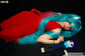 Hatsune Miku Cosplay: I love you my doll! by ROYAL1105