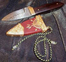Rohan Knife and Scabbard 2 by shamangovannon