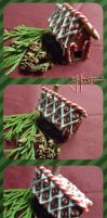 Gingerbread house out of Polymer Clay by Hanatsumi