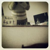 Mirror with The Beatles. by Extrana