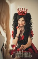 Red Queen (Through the Looking-Glass) by SiriyaWS