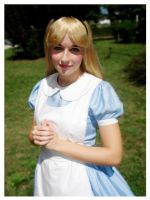 Alice in Wonderland Cosplay by xMysticDreamer