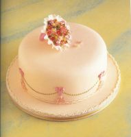 Simple party cake by raynich2