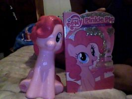 pinkie pie book and bank by fourtwo0