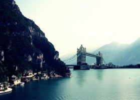 London in Italy by DshaLie
