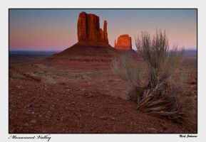 Monument Valley by collectiveone
