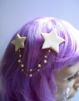 Draped Glow In The Dark Star Clip by magic-circle