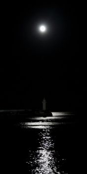 Moonlighthouse by Erfea