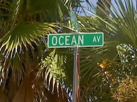Ocean Avenue. by Ashencloud