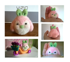 [Open!] OTA Needle Felted Strawberry Penguin by Sarilain