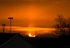 First glimp of the eclips by Lentekriebel