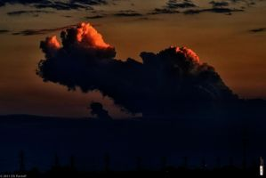 A towering Storm Cell by Pavloff-Photos