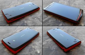 Red Xperia Arc S by Akinaro
