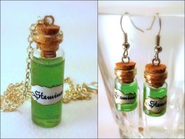 Stamina Potion Vial Earrings and Necklace Set by Euphyley
