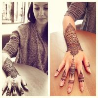 Two sides of henna by cydienne