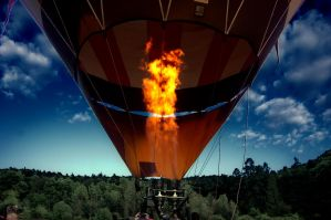 Hot Air Ballon by mufiinek