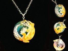 Orange Leopard Gecko Necklace by IllusionTree