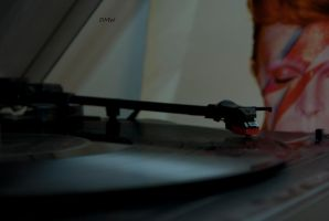 Record Player :) by DscoverMyWorld