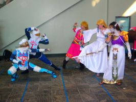 Otakon 2012 - Nintendo Photoshoot 030 by mugiwaraJM