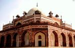 Mughal Architecture, New Delhi by arhamqadar