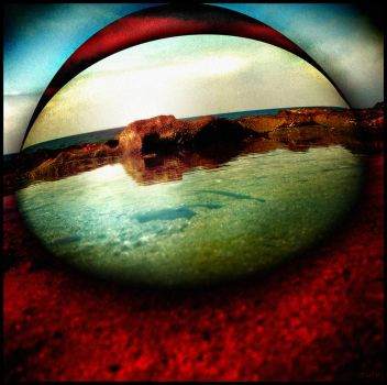 Eye of the beach by tiefel