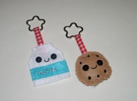 Milk and Cookie Keychain Set by kiddomerriweather
