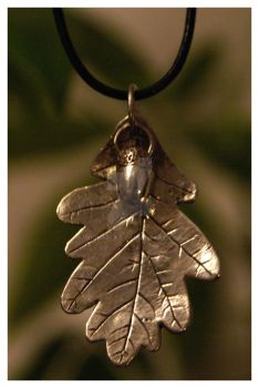 Oak Leaf with Acorn necklace 2 by MoonSelkie