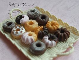 Donuts by PetitDeCherries