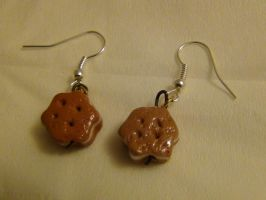 Cookie earrings :3 by blueelolita