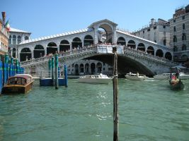 Venice - Rialto Bridge by aprmason