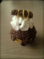 Crochet: Petit Four Moorkop by Sandien