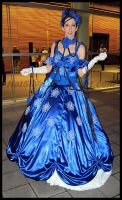 Avcon 2013- Cosplayer Blue Lady by NatSilva
