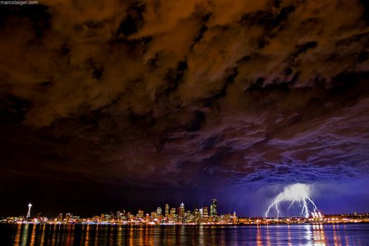 seattle lightning by stranj