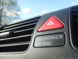 PASSENGER AIR BAG OFF by SnapShot120