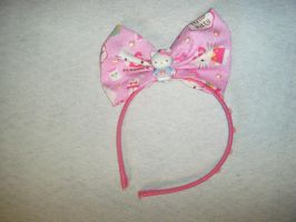 Hello Kitty bow headband by messypink