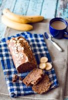 Banana bread by FiorOf