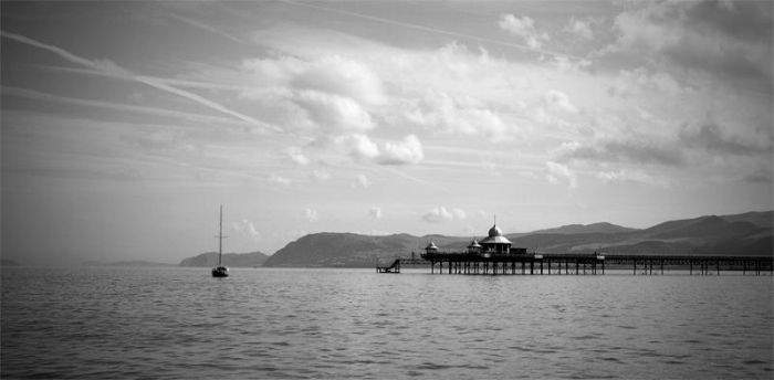 Pier by jhindley