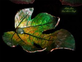 celtic leaf jewelry holder by Gwillieth