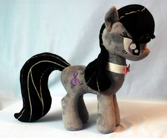 Octavia Plushie right side by WhiteHeather