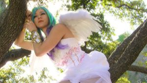 Princess Celestia Treed by HollyGloha