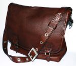 Leather bag by Zidra