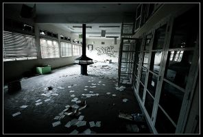 Abandoned School II by clsantos