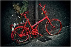 red bike by Demonoftheheavens