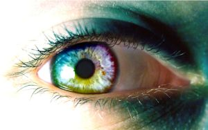 multi-coloured eye by tweeny
