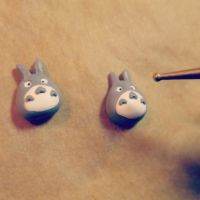 WiP - Totoro stud earrings by tivibi