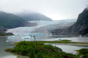 Approaching the Glacier by Momofbjl