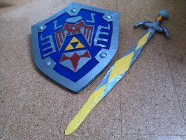link cosplay shield and gilded sword 2 by jul-ya