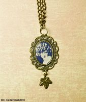 Necklace with lady portrait by skuggsida